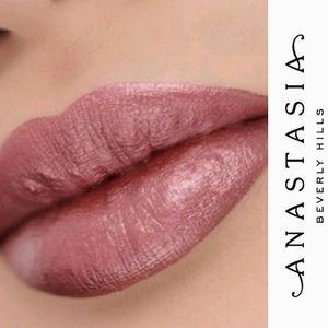ABH Liquid Smudgeproof Lipstick